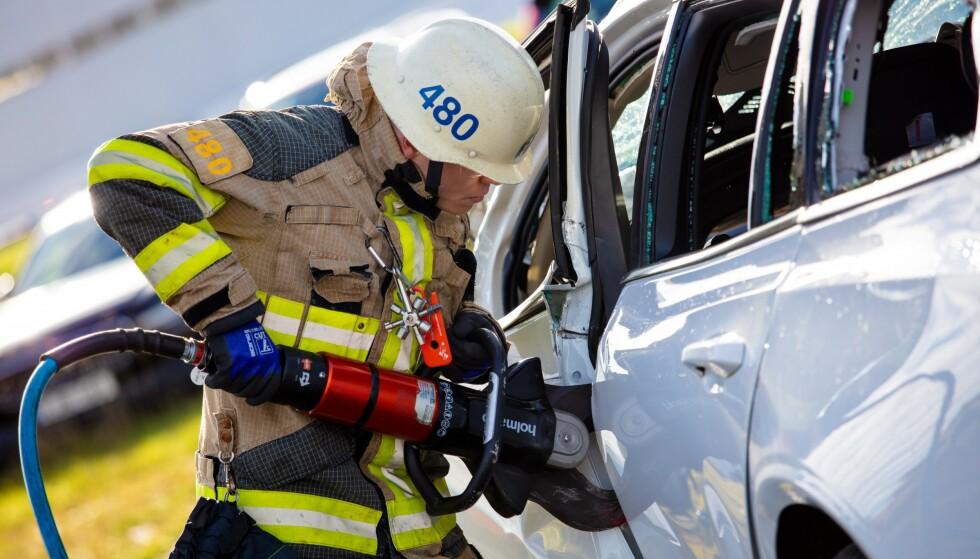 DÅRLIGE SJÅFØRER: Udyktige sjåfører og høy fart er årsaken til de aller fleste dødsulykkene på norske veier. Foto: Volvo