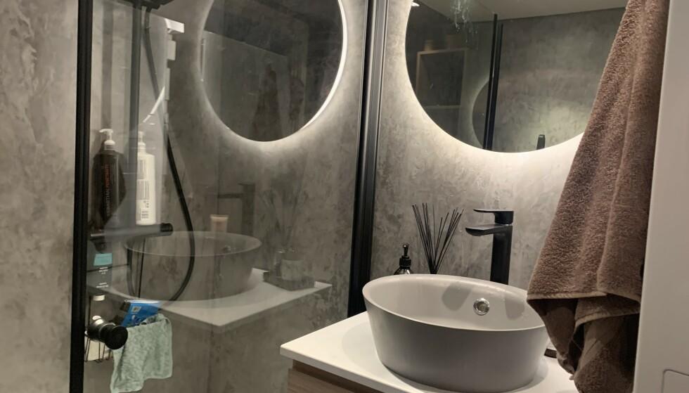 PASS PÅ: Har du for eksempel pusset opp badet med moderne mikrosement, bør du ha papirene i orden, om du vil ha verdiøkning. Foto: Øystein B. Fossum