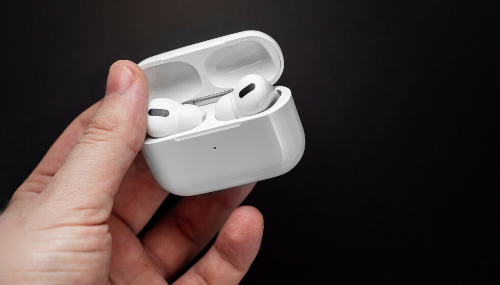BLIR BEDRE: Når iOS 15 kommer blir mulighetene langt bedre for å finne mistede Airpods Pro. Foto: Shutterstock / NTB