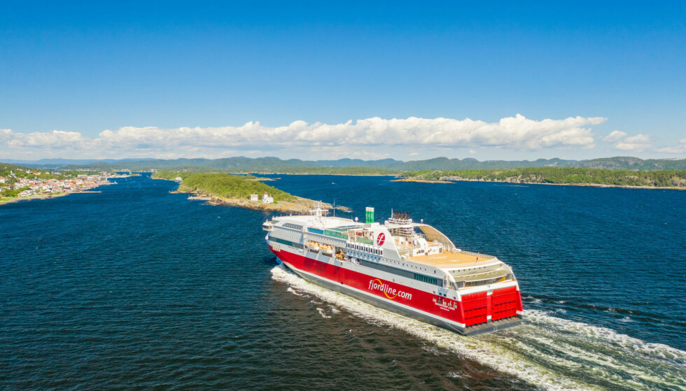 GLEMTE NOEN PASSASJERER: De som kom uten bil ble aldri sluppet om bord på MS Bergensfjord i dag. Foto: Fjord line