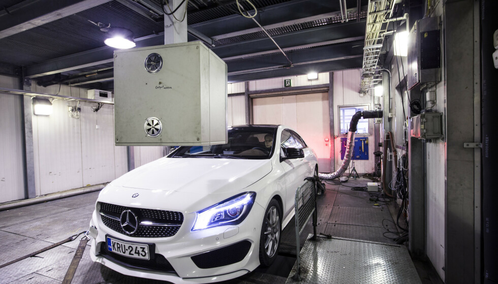 FJERNER JUKSE-PROGRAMMET: Bilene må på verksted for å fjerne jukse-programmet. Det skjer ved en oppdatering av av programmet i styringsenheten til motoren. Foto: Markus Pentkainen