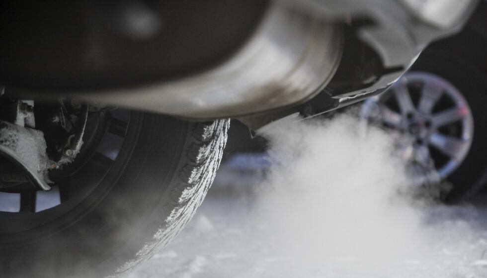 FOR HØYE UTSLIPP: Bilene, som er produsert mellom 2008 og 2011, har for høye utslipp under vanlig kjøring på vei. Foto: Markus Pentkainen