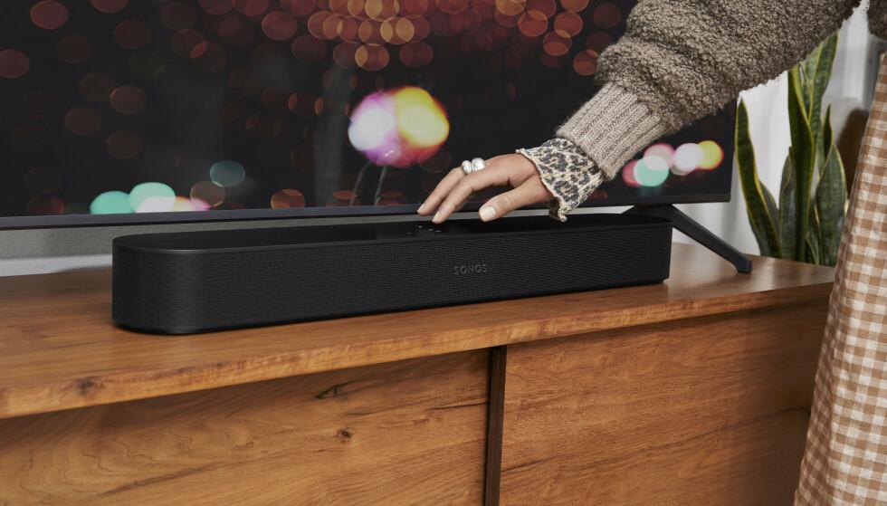 SONOS BEAM: Den nye lydplanken til Sonos har støtte for 3D-lyd. Foto: Sonos