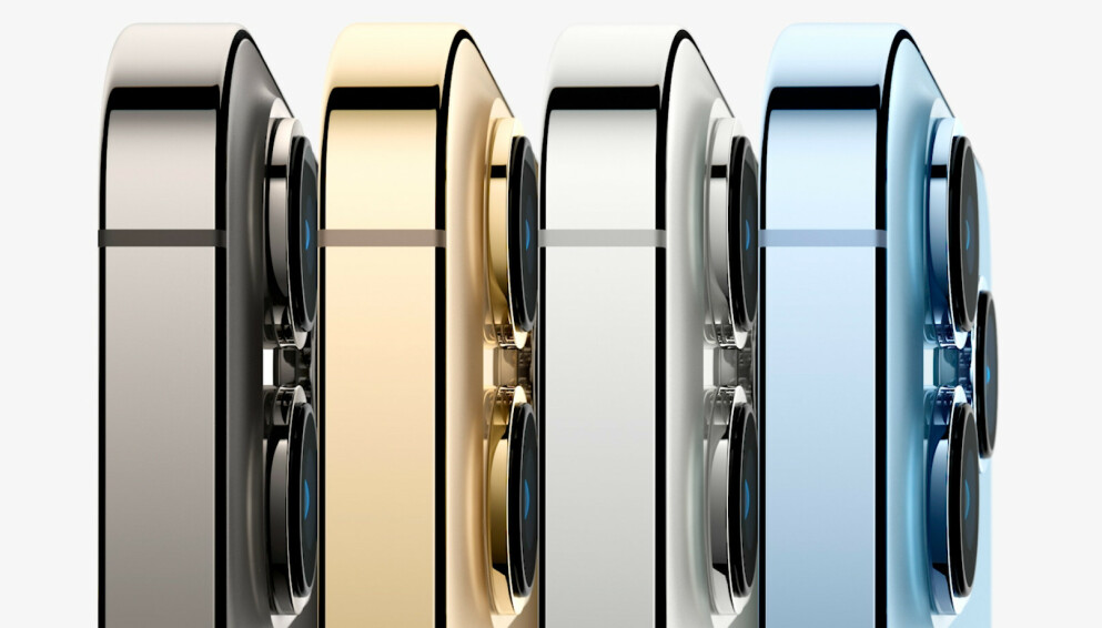 NYE MODELLER: Dette er iPhone 13 Pro, som nå også kommer i en lyseblå farge. Foto: Apple