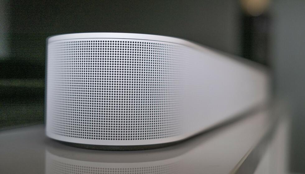 SONOS BEAM GEN 2: Den nye lydplanken til Sonos har støtte for Dolby Atmos, men vi er litt usikre på om du vil merke noe til det. Foto: Martin Kynningsrud Størbu