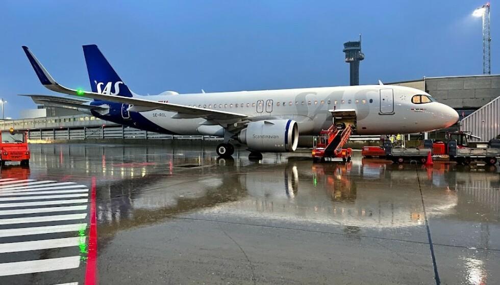 Alene: SAS er det eneste av de tre store flyselskapene i Norge til tilbyr verdikupong/voucher når flyreiser kanselleres. Foto: Odd Roar Lange/The Travel Inspector