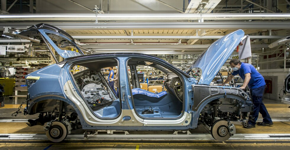 Volvo Cars starts production of C40 Recharge in Ghent, Belgium