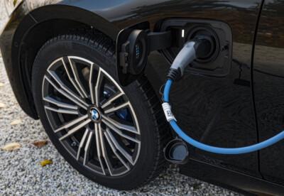 Image: BMW: - Ikke fullad batteriet!