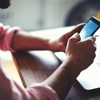 Image: Advarer: Kan ta over mobilen din