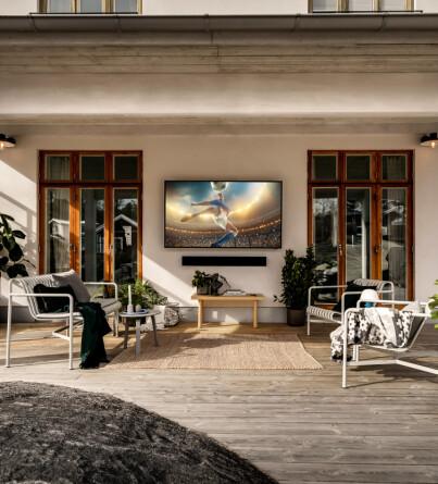 Image: Lanserer ute-TV