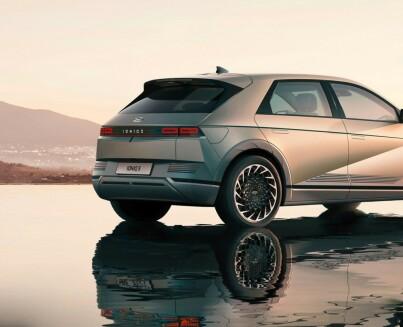 Image: NÅ: Årets frekkeste elbil på plass
