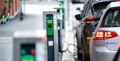 Image: Har flest elbiler per lader