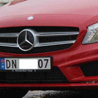 Image: 115 000 Mercedes-biler med «jukse-dings»